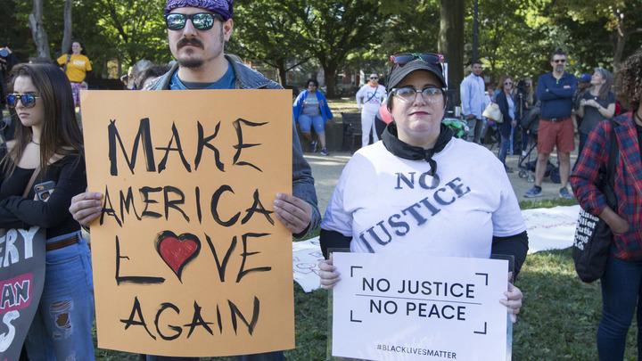 Жители Вашингтона требуют от властей расовой справедливости