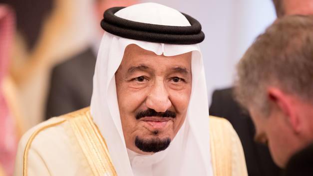 Исторический визит короля Саудовской Аравии в Россию начался с поломки техники
