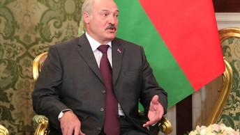 Лукашенко поспешил поздравить Путина одним из первых