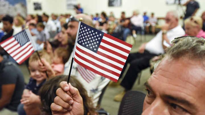 В США подсчитали количество иммигрантов и удивились