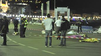 Французский журналист: Наши политики больше не могут обеспечить безопасность граждан