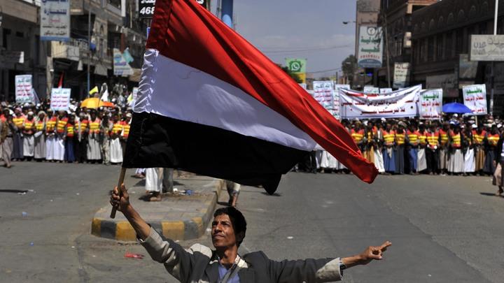 Арабская коалиция закрыла все аэропорты и морские порты Йемена