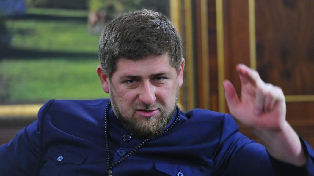 Руководитель  Чечни назвал медвежьей хваткой рукопожатие Владимира Путина  сТрампом