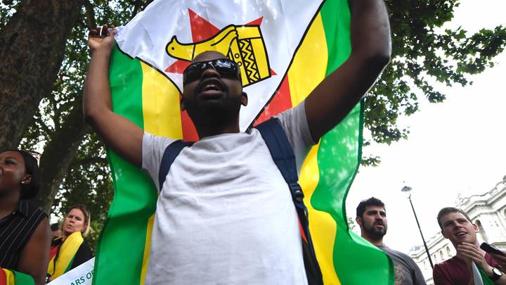 Военные Зимбабве обратились к нации из-за слухов о госперевороте