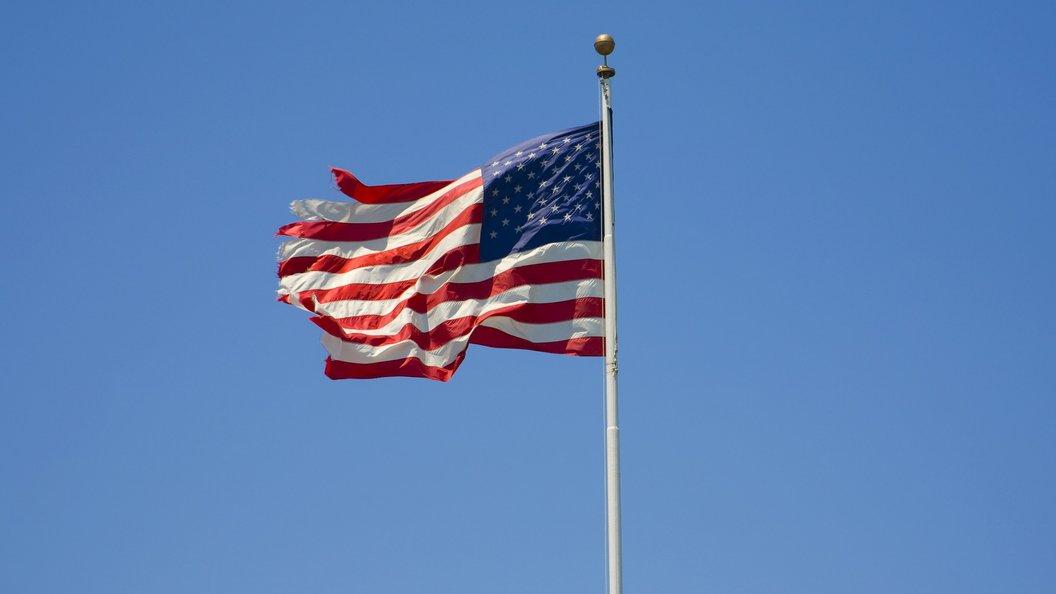 В США зарегистрирован новый иноагент: Американский Минюст бьет по партнерам Sputnik