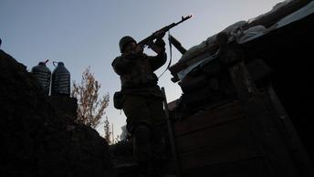 Украинские каратели готовят провокации в Донбассе - ЛНР