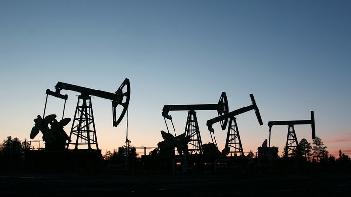 Нефть должна течь: Правительство одобрило новые налоги на добычу углеводородов