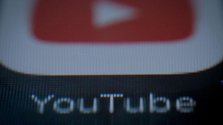 Крупнейшие компании вынуждены убрать рекламу с YouTube из-за активности педофилов