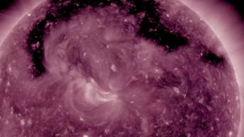 Сильнейшая магнитная буря закончится в среду