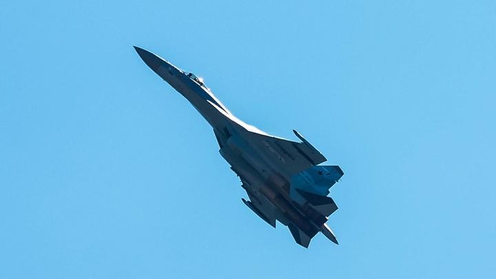 Су-57 совершил пробный полет с новым улучшенным двигателем на борту