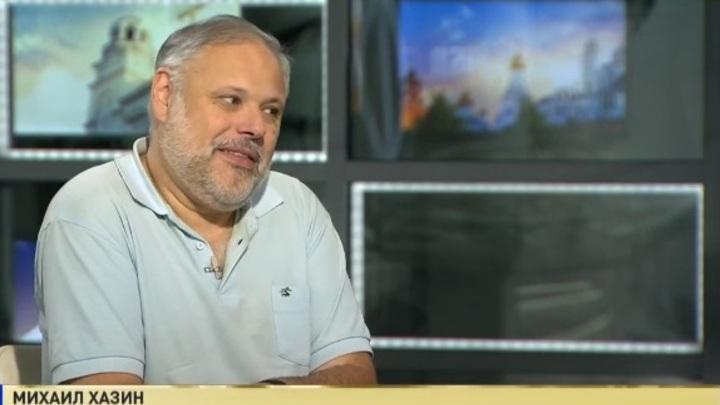Хазин объяснил, почему либеральная команда не защищает Улюкаева
