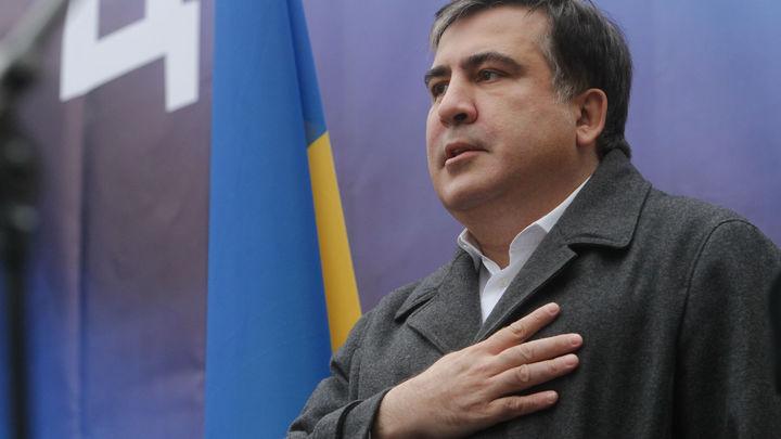 Саакашвили пожаловался, что простудился во время известных событий вторника