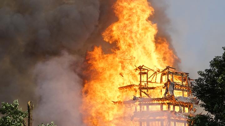 Пожар в Китае: Сгорела самая высокая пагода в Азии