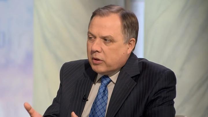 Шатров: Путину приходится просвещать американских политиков и журналистов