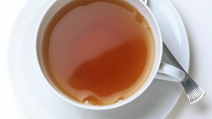 Ученые: Горячий чай спасет от слепоты