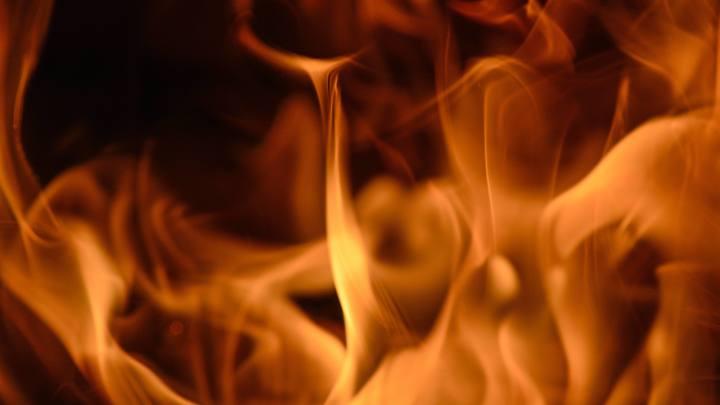 В Калининграде горят склады с оборудованием Сбербанка и алкоголем