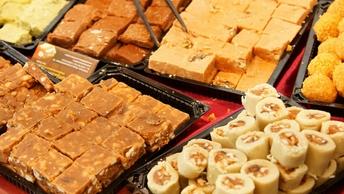 Без арахиса и масла: Роспотребнадзор посоветовал, как выбрать сладости для малышей