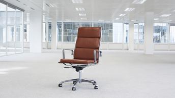 Эксперты: В новом году могут массово увольнять бухгалтеров и юристов