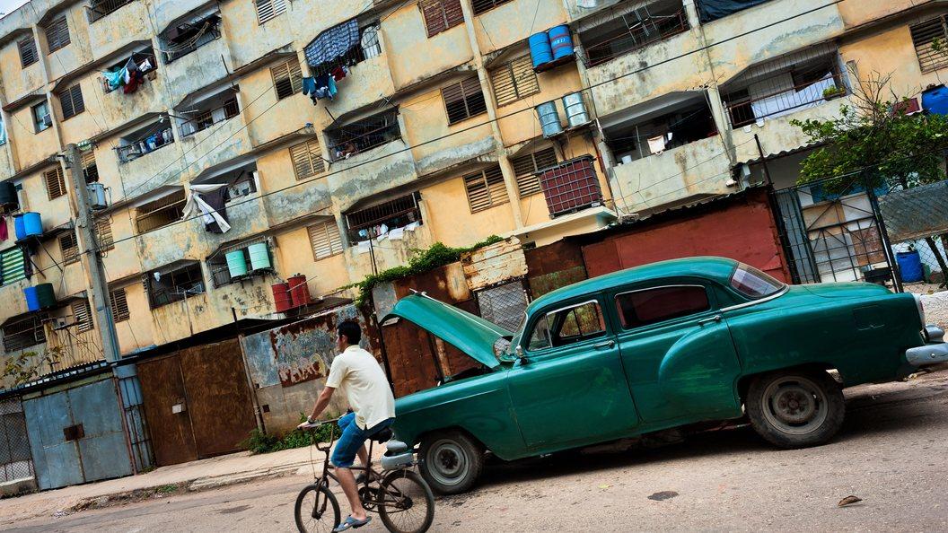 Чуть больше 300 авто  Лада  направились  наКубу для работы втакси