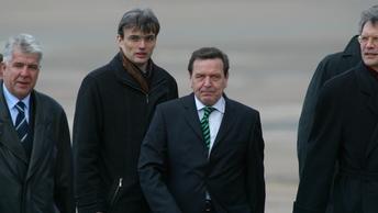 Шредер заявил о неспособности санкций ЕС повредить бизнесу Роснефти в Германии
