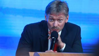 Никаких льгот для соблюдения законов: Песков отреагировал на незаконную акцию Навального