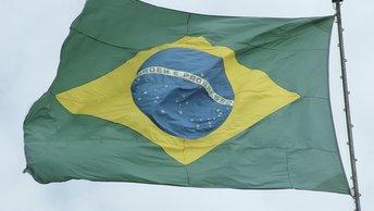 В Бразилии похоронили заживо президента и не отдали ему пенсию