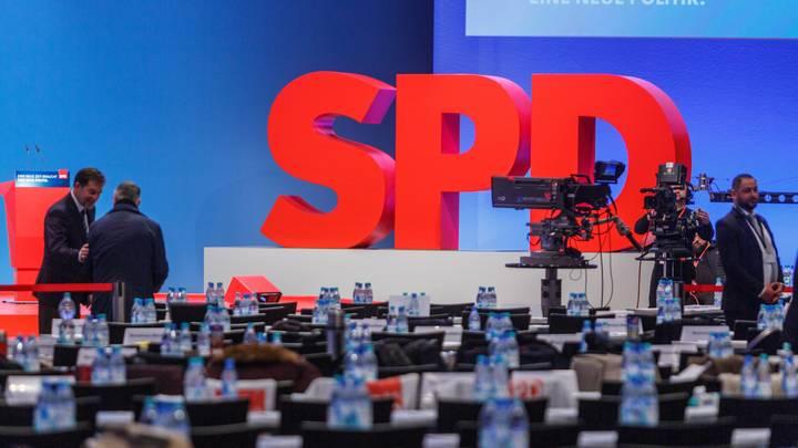 Социал-демократы Германии приносят себя в жертву