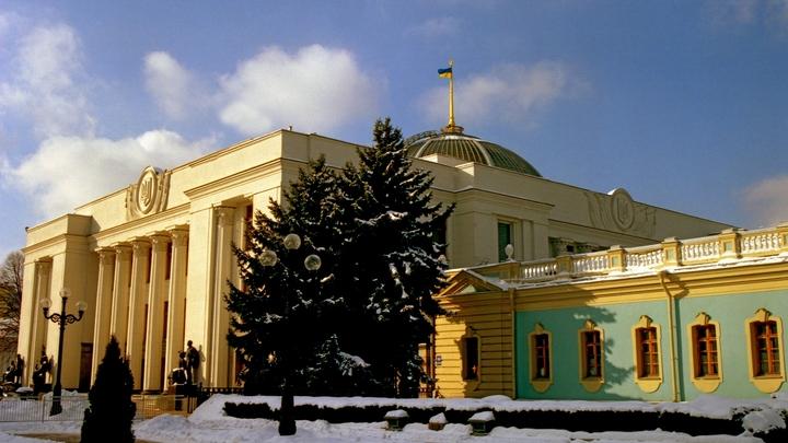 Украинскую экономику сгубили антироссийские санкции