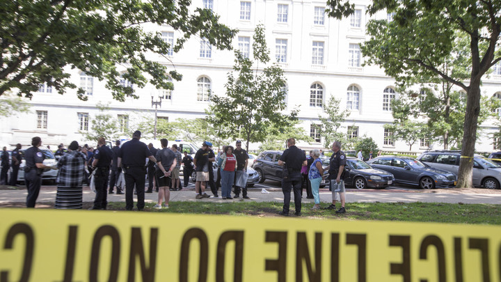 У ворот здания АНБ США произошла стрельба, есть жертвы