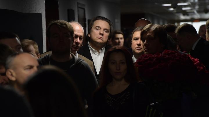 Эрнст ждет письма от ЦИК: После него Первый канал решит, что делать с фильмом о Путине