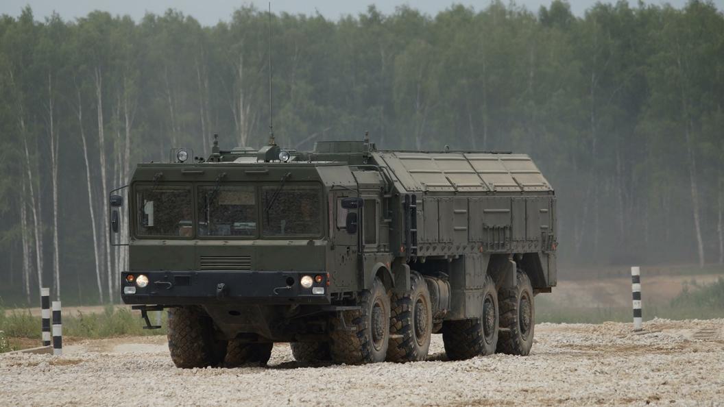 Столтенберг: НАТО неоткажется отядерного оружия