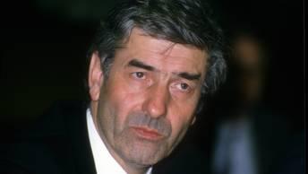 Обвиненный в харассменте экс-премьер Нидерландов скончался