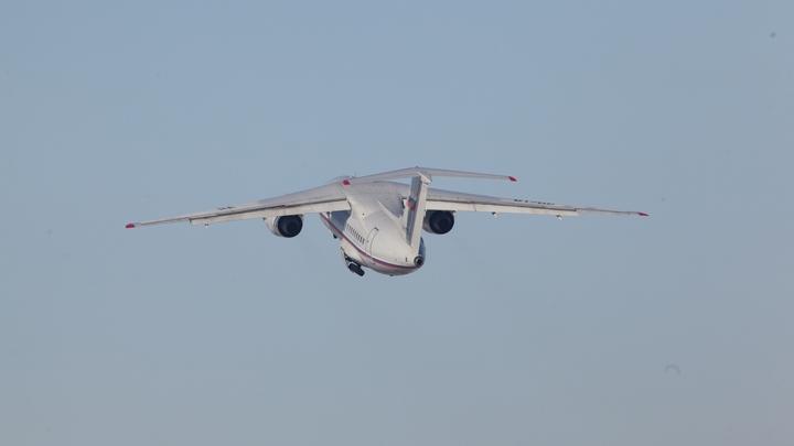 Двигатель заглох прямо в полете: Очевидцы рассказали о вынужденной посадке Ан-24