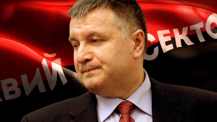 Украина: Драка пауков уголовными делами