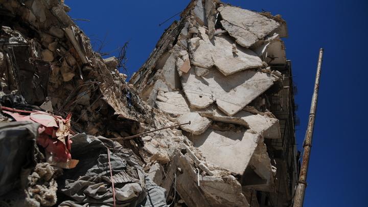 Служба Би-би-сиизменила датугибели десятков русских в Сирии
