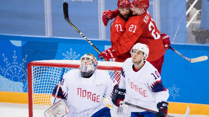 """""""Боже мой, какая мотивация!"""": Пользователи соцсетей узнали, в чем заключается секрет победы российских хоккеистов"""