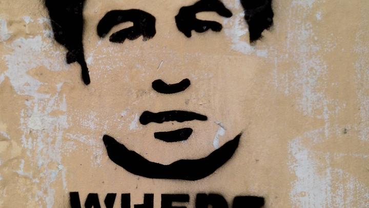 Он улетел, но обещал скоро вернуться: Саакашвили продолжает угрожать барыге Порошенко