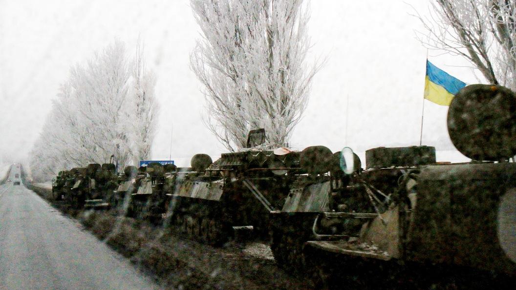 ВДНР украинские силовики обстреляли санитарный автомобиль