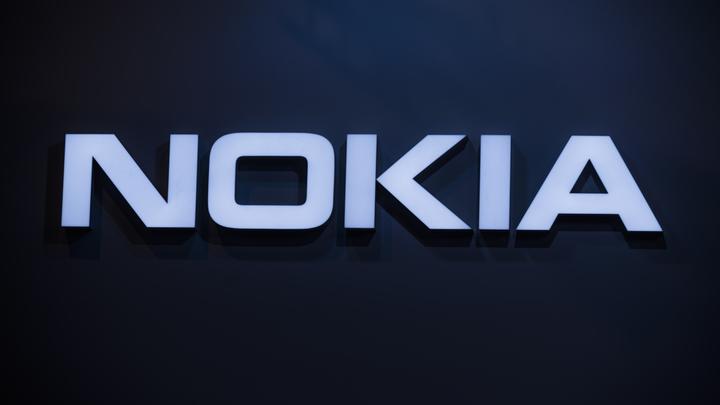 Легендарный банан Nokia из Матрицы вернется в продажу