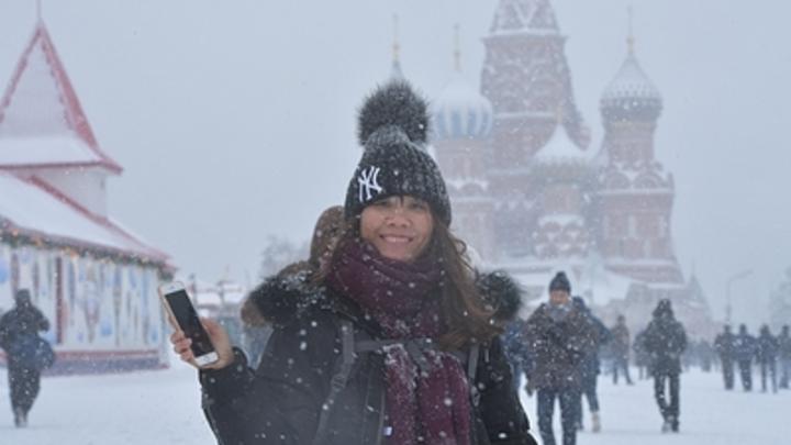 Заморозить или снегом завалить: Погода пока не решила, чем поздравить москвичек 8 марта