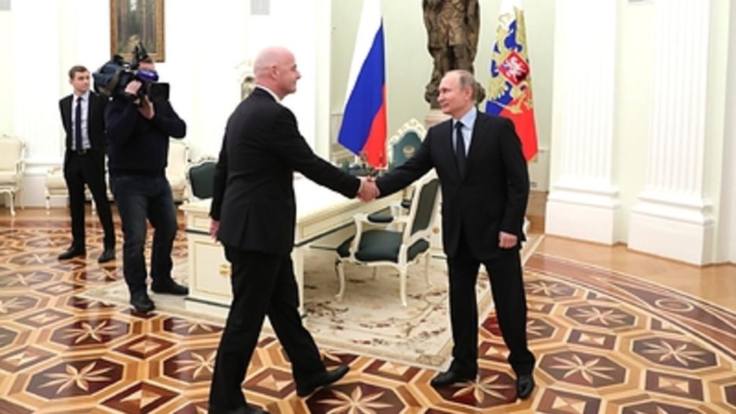 Путин снялся ввидеоролике ЧМ-2018 пофутболу— Сто дней