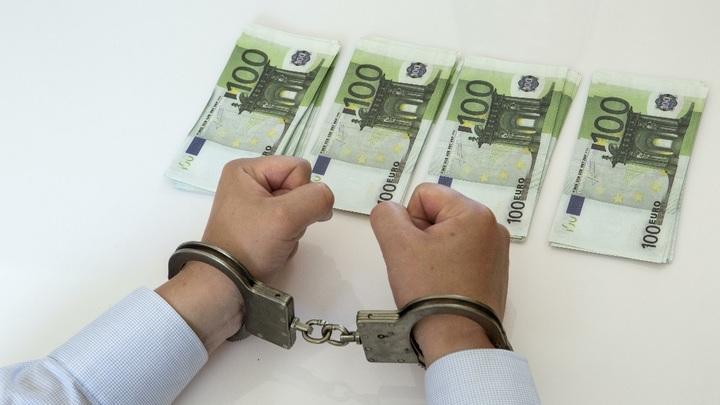 В АСВ ставят под сомнение право граждан распоряжаться собственными деньгами