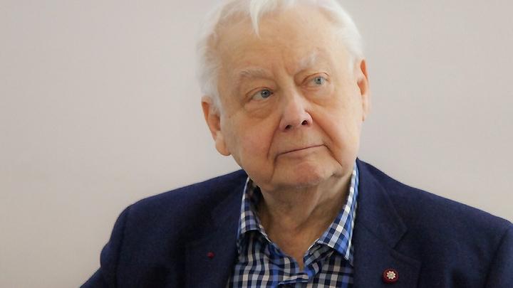 У Украины сегодня маленький праздник - украинский сегмент Сети о смерти Табакова