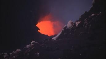 Супервулкан древности уничтожил все, кроме Африки - ученые