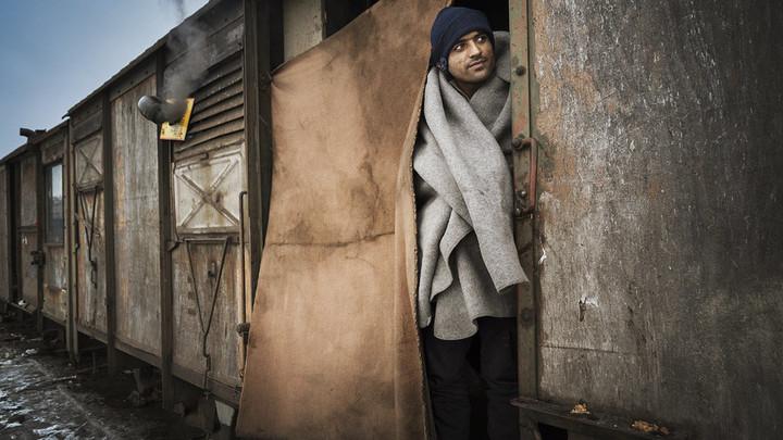 Франция уже не та: Беженцы жалуются на жестокость со стороны парижан