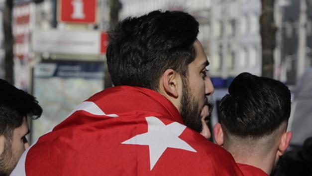 Взмахнули Оливковой ветвью: Турецкие войска вошли в сирийский Африн - СМИ