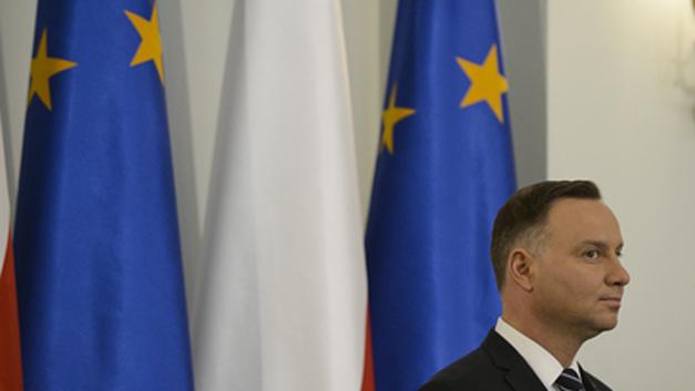 Глава Польши бойкотировал победу Путина на выборах под американскую дудку