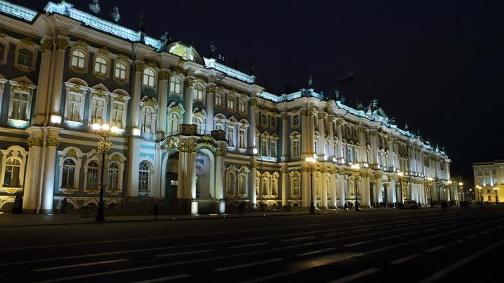 Как будто газет британских не читают: Иностранцы полюбили путешествовать по России