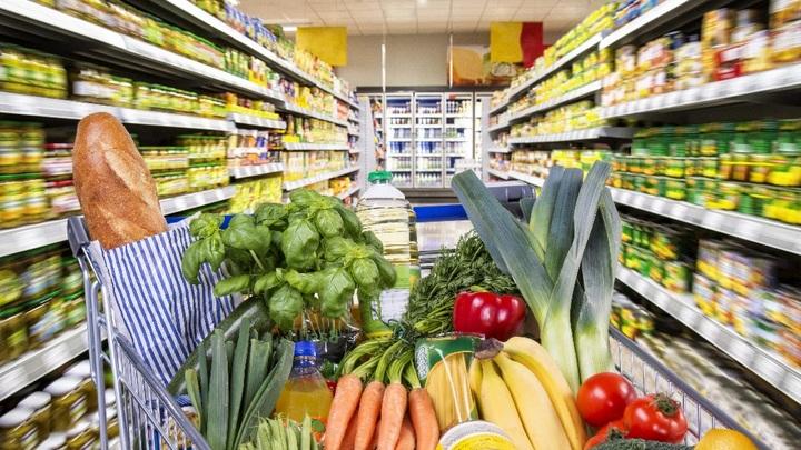 Ниже плинтуса: Рацион питания в России похудел вместе с кошельками населения