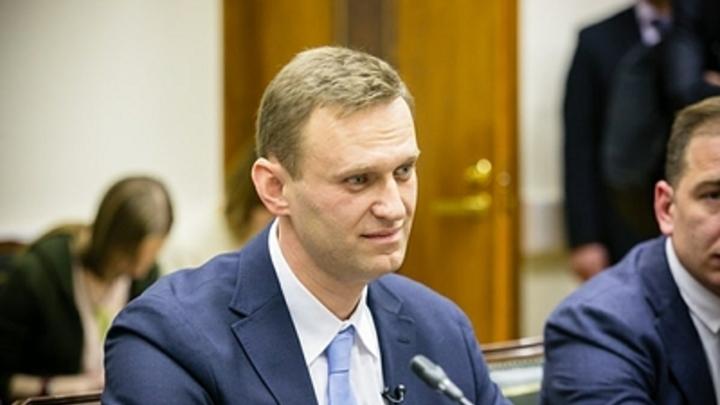 Навальный попался на фейке с Путиным в больнице Кемерова
